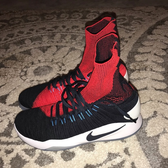competitive price 6896b fe49a Nike HyperDunk 2016 Flyknit USA NWT